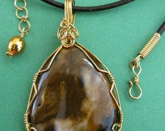 Necklace/Pendant - Natural Stone, Brown to White with Brass (N-250)