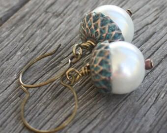 Verdigris Pearl Acorn Earrings - Pearl Earrings - Verdigris earrings, Brass earrings, pearl jewelry, acorn jewelry, fall jewelry