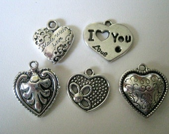 Heart Silver Tone Charms   (1182)