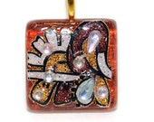 Glass tile Sparkling Pendant square 1 inch dark red glittering floral vine design necklace with chain Go Green