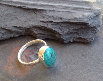 Turquoise Sterling silver Ring. Sterling silver rustic Ring. SIZE 5,1/4