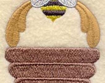Heirloom Bee Embroidered Flour Sack Hand/Dish Towel