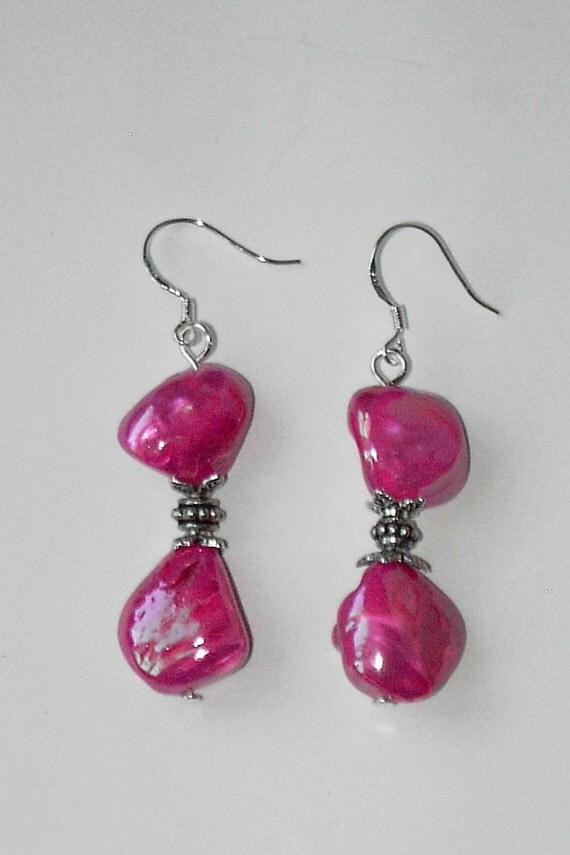 shiny pink shell earrings 460