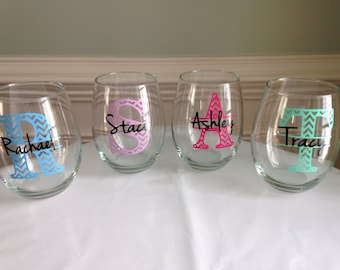 Set of 5 Personalized Chevron Monogram Stemless Wine Glasses