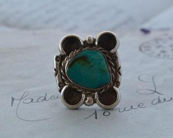 Vintage Navajo Turquoise RIng - Size 9