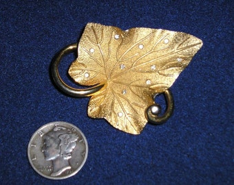 Vintage Signed Pennino Rhinestone Leaf Brooch 1940's Pin Jewelry 2296