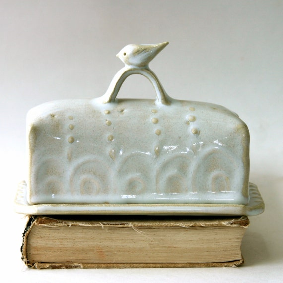 Little Bird Butter Dish Covered With Handle Creamy White