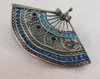 Vintage Sterling Enameled Filigree Fan Pendant/Brooch