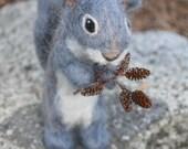 Needle Felted Animals // Needle Felted Squirrel // Woodland // Poseable