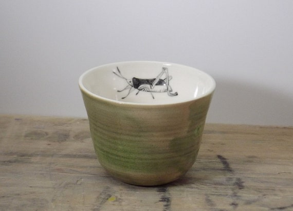 One Porcelain Green and Brown Grasshopper Tea Cup