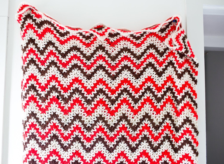 Vintage Afghan Blanket Chevron Pattern Knitted Blanket Beige
