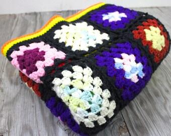 SALE Vintage Retro Granny Square Crochet Knit Afghan Blanket