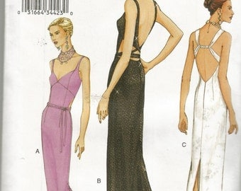 Vogue 7543 Long Dress Gown Sizes 14 to 18