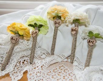 Set of 5 Shabby Chic Personalized Guest Pen with wood heart with bride and groom initials over 60 flowers to select from