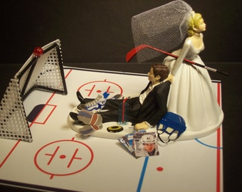NEW HOCKEY Bride and Groom with Goal and Black Eye Wedding Cake Topper Funny
