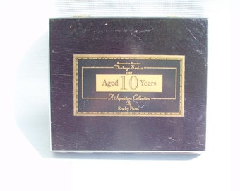 Distinguished Vintage Series Cigar Box By Rocky Patel
