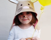 Easter Bunny kids dress up hat in cotton with cute bunny ears and claws.