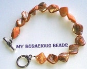 """Handmade  9"""" COPPER Hues NATURAL Mother of Pearl BRACELET with SilverToggle Closure"""