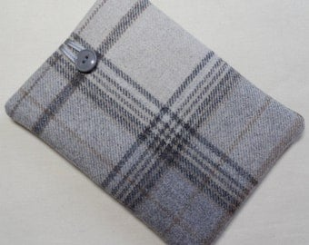 Handmade Kindle cover/case/pouch. Fits the Kindle 4, Touch and Paperwhite.