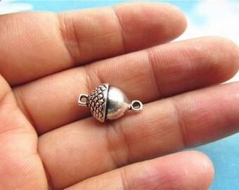 20pc antiqued  silver 17x10mm acorns connectors--heavy