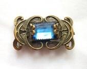 Vintage - Art Nouveau - Brooch - Blue Glass Rhinestone - Flower Accents