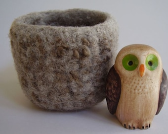 wee felted wool bowl desktop storage ring holder oatmeal and brown square container