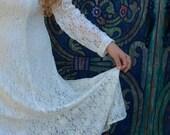 vintage white lace dress . prom . wedding . recital . hippie . boho . folk . woodland