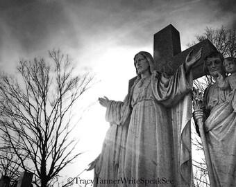 Jesus, Statue, Graveyard, Cemetery, Cross, Tree, Headstone, Sunlight, Religious, Photograph, Photography, Travel, Nashville, WriteSpeakSee