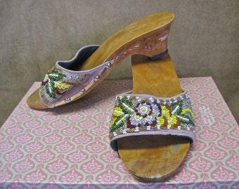 Beaded Sandals Vintage 70s Asian Floral Carved Wood Heels Mauve Linen Beaded Flowers SIZE 7 to 8  Festival Slides Slip Ons