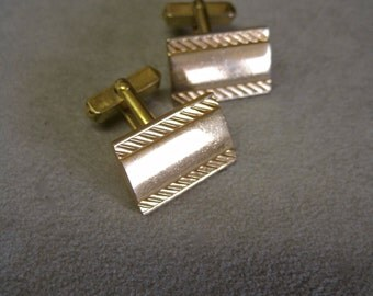 Swank Cufflinks Cuff Links Gold Tone Angled Rectangles Vintage 60s Gold Tone Mad Men Collectible Mens Accessories