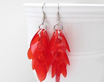 Red chainmaille scales earrings, scalemail earrings