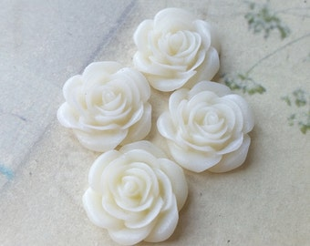 21 mm Cream Color Peony Flower Cabochons (.am) (zzb)