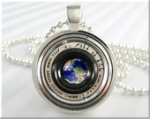 Camera Lens Pendant, Vintage Film Camera Lens Necklace, Resin Jewelry Charm, Earth Picture Pendant, Round Silver, Pendant Jewelry 641RS
