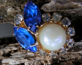 80s GLAM Adjustable Ring Blue Rhinestones Faux Pearl Goldtone