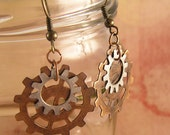Clockwork gear earrings with custom color choice. Copper, bronze, and nickle silver. Steampunk jewelry