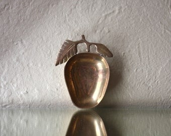Vintage Brass Apple or Fruit Dish