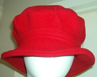AVANT GARDE FRANCE Red Wool Beret Bucket Hat Vintage