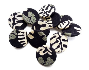 VINTAGE: 10 Fabric Buttons - Cloth Buttons - 23mm