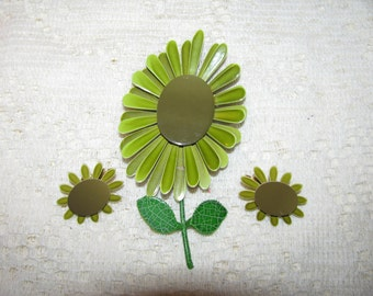 Vintage Two Shades Of Green Enamel Flower Brooch Pin With Matching Earrings