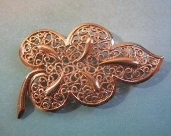 Filigree Leaf Brooch Gold Tone Pin Retro 1960s Estate Large Open Design Oak Tree