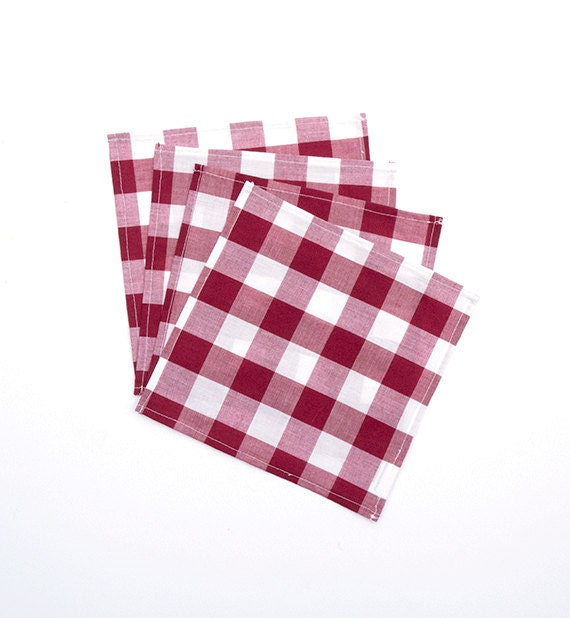red and white paper checkered napkins
