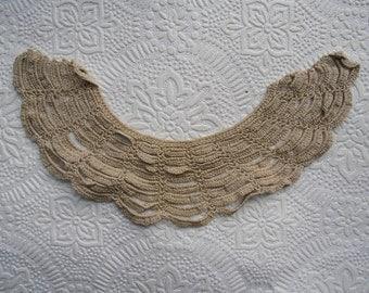 Antique Trim - Crocheted Collar - Handmade Collar  - Vintage Sewing Supplies