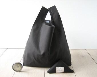 black shopping bag / minimal man tote bag / cotton shopper / elegant woman bag / triangle fold bag / total black style / 1 piece