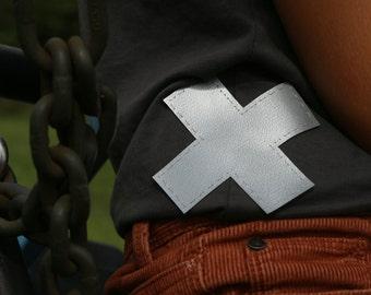 Knee patch - cross