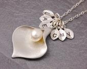 Family Necklace, grandma necklace, nana necklace, calla lily necklace, flower necklace, mom necklace, mother necklace, grandmother, N6