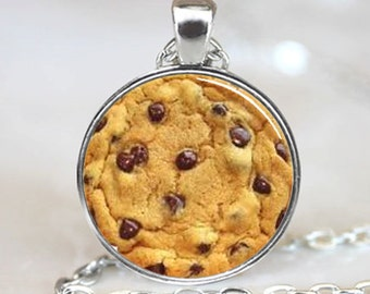 Chocolate Chip Cookie  Pendant,  Photo Necklace, Silver Plated,  (PD0265)