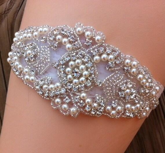 Wedding Garter /  Bridal Garter / Rhinestone Pearl Garter / Garter Belt / Ivory Lace Garter / Vintage Garter