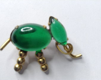 SALE  PRICE     Vintage Brooch Small Green Elephant   Item No:  16933