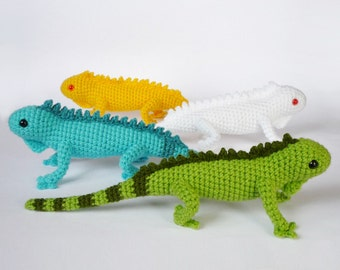 Crocheted iguanas