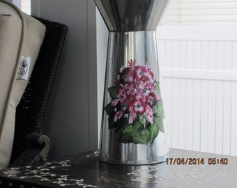 Tin pitcher hand painted with a pink and white bouquet of Daisies